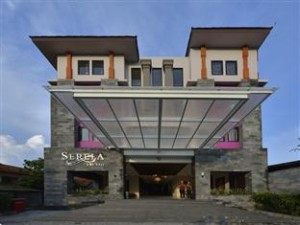 Front Hotel
