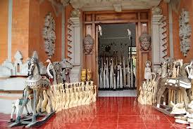 Pusat Seni Ukir di Bali