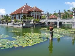 Keindahan Istana Apung Karangasem